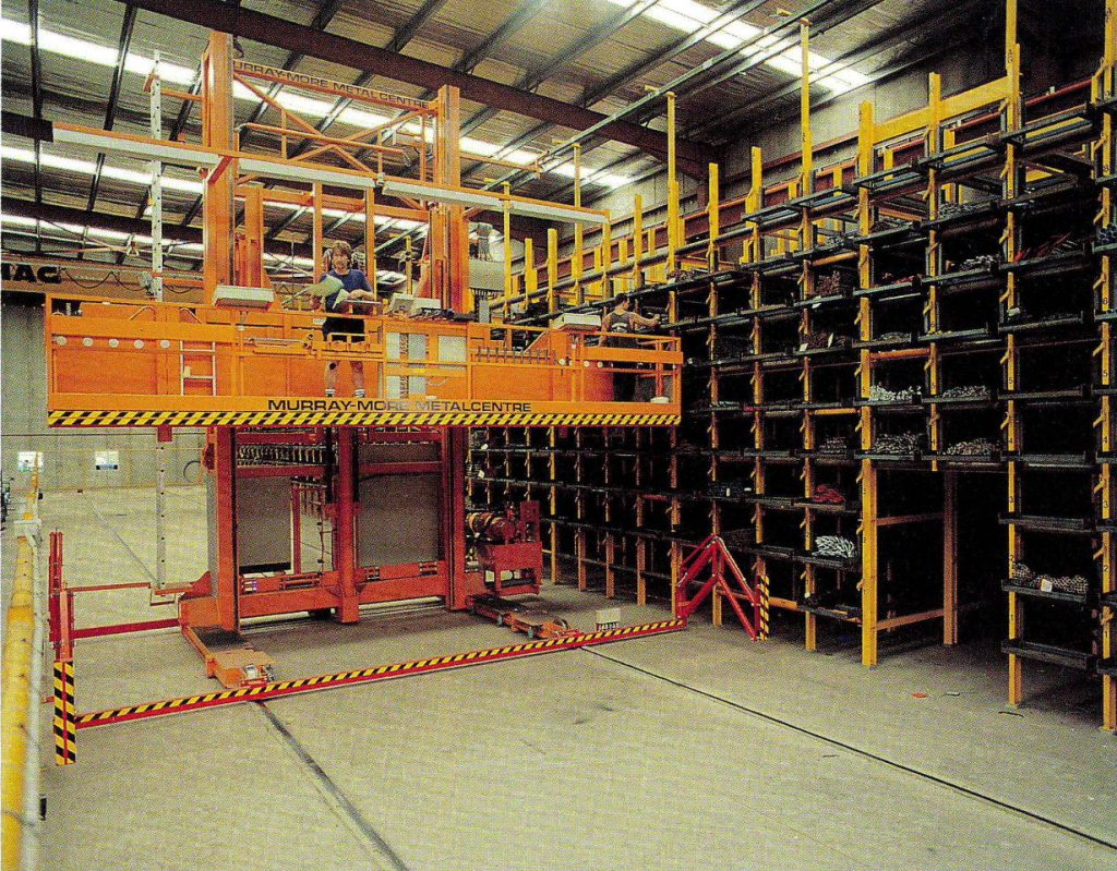 Regalbediengerät im Stahllager (Tragf. 5000kg)