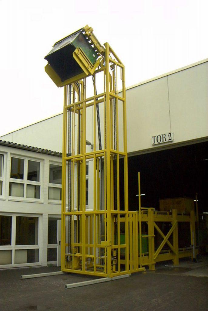 Hubkippvorrichtung für Spänebehälter
